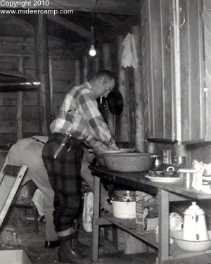Historic Deer Camp Photos of Lloyd Roe pic4a.jpg
