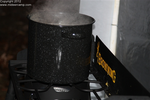 Noodles cooking ont the Browning Stove, pic16a